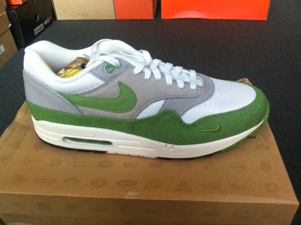 Air Max 1. Patta Green Denim. sz12 US. DEADSTOCK. 2 sets of laces.